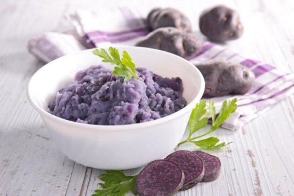 Пюре из фиолетового картофеля